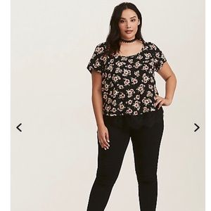 Very pretty & comfortable top from Torrid !
